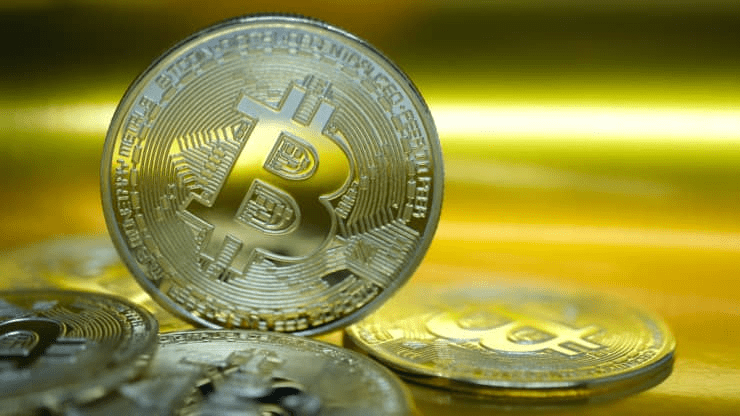 BTC at $1M? Some Analysts are Bullish but others Warn of Risks Ahead