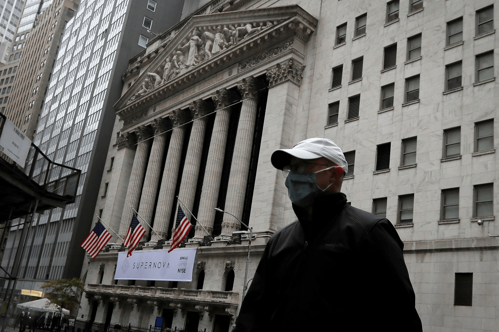 Stock Futures are Flat amid Renewed Concern about Recovery