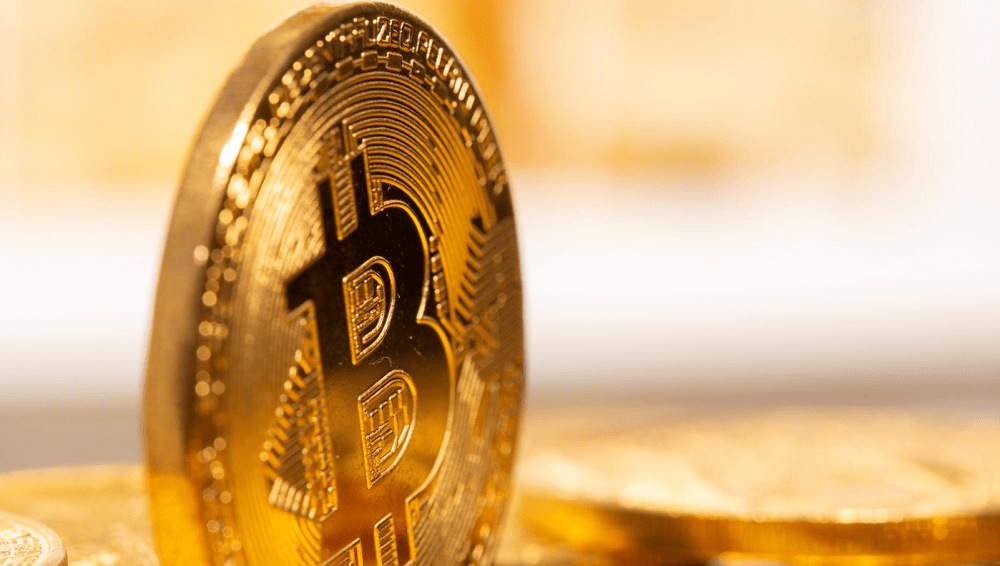 BTC slides more than 5% after topping $40,000 for first time
