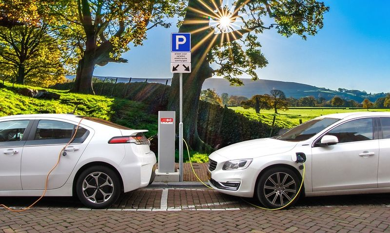 tax credits higher for electric car 1004
