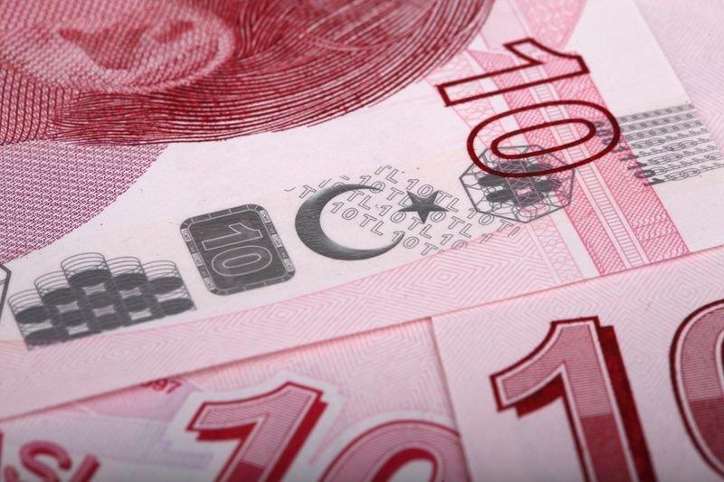 lira declines