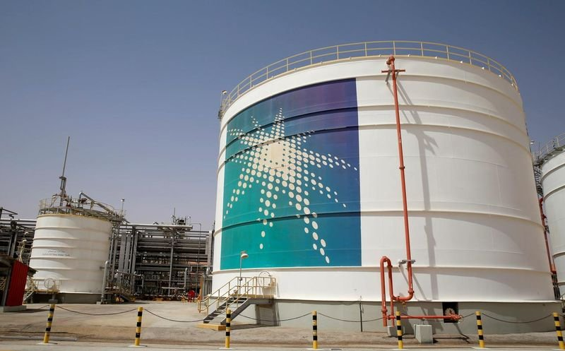 oil prices recover 1004 aramco's deal
