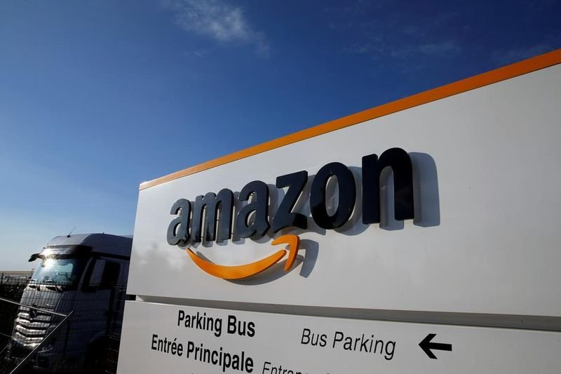 amazon questioned on taxes 1406