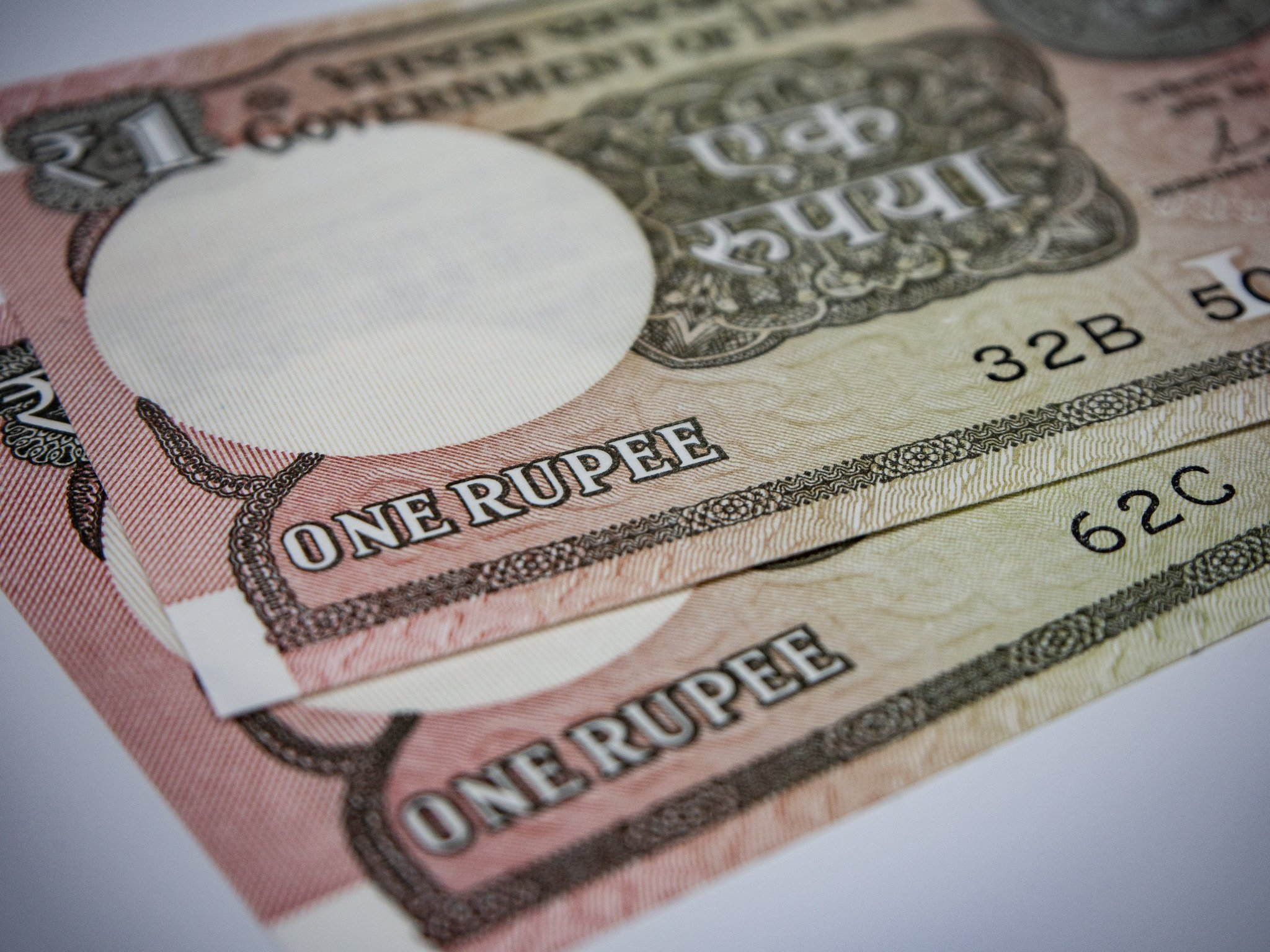 indian rupee dips
