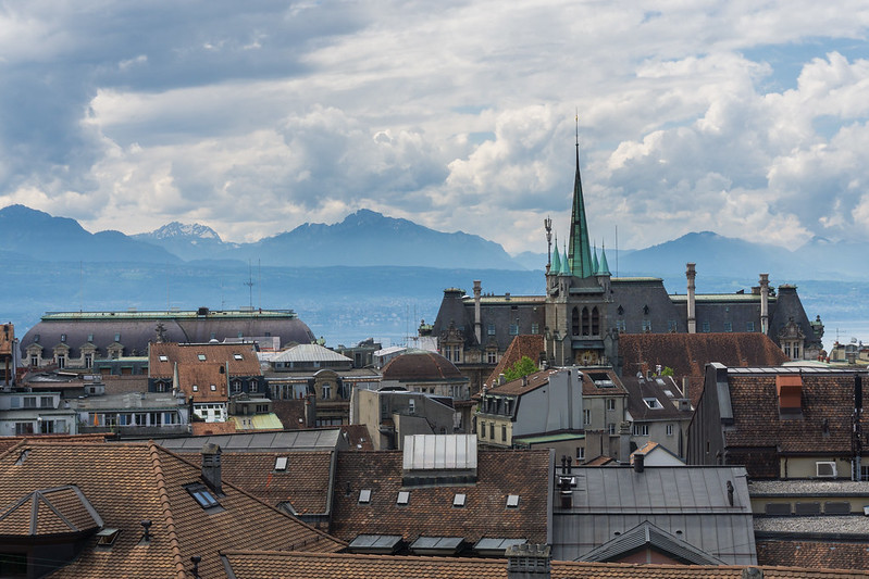 switzerland inflation flat jobless rate rise franc eases