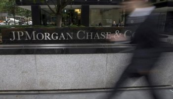 Largest U.S. banks would survive recession – Fed