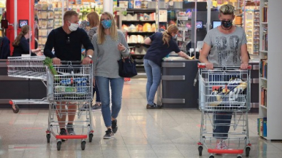 Euro Zone Retail Sales in Record Rebound in May