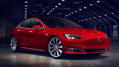 Tesla recalls 123,000 vehicles due to excessive corrosion