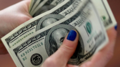 Dollar, Safe-Haven Currencies Buoyed by U.S. Virus Anxiety
