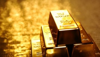 Gold on track to climb above $1,200