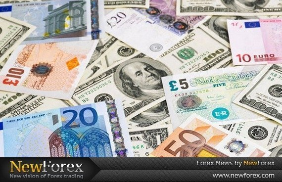 The dollar slides against the main currencies
