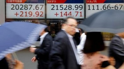 Global stocks inch up, China pushes Asia lower