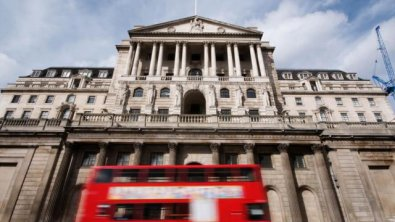 Sterling edges down despite BoE hinting at slow hikes