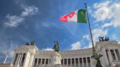 European traders watch Italy's political turmoil