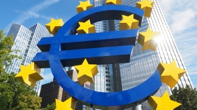 GDP of euro zone expands at lowest pace in four years