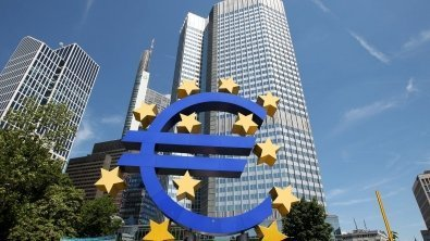 Euro zone experiences growth easing, implying its heydays may be left behind