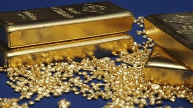 Gold prices recoil from 2019 low on Friday
