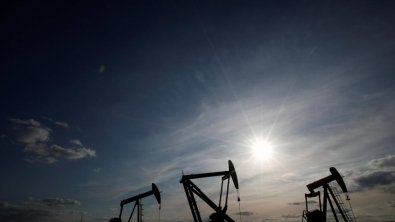 Oil dips though supply disruptions hold it back