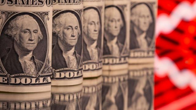 Dollar Loiters near Two-Week Low after Soft U.S. Inflation