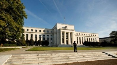 Fed tightens annual 'stress test' of largest banks