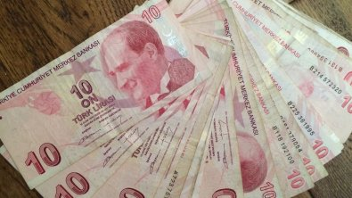 Turkish lira solidifying, outperforming other EM-currencies