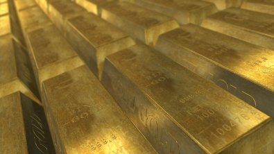 Gold benefits from uncertainty among investors