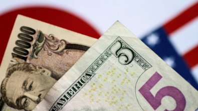Yen soars to 1-1/2 year highs, safe-havens in strong demand