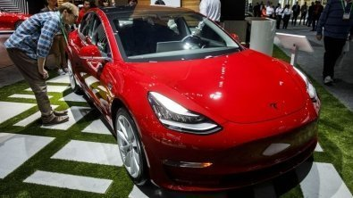 Tesla to begin around-the-clock production of Model 3