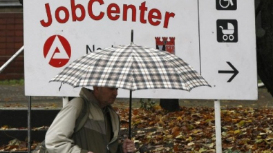 Euro Zone Unemployment Edges Up in May